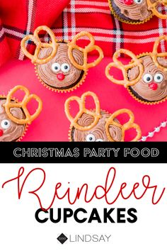 Create the cutest Reindeer Cupcakes you've ever seen. This perfect holiday recipe is a must for your next Christmas party. Christmas Party Food, Christmas Cupcakes, Christmas Desserts, Christmas Treats, Christmas Recipes, Easy Craft Projects, Fun Crafts, Creative Crafts, Dessert Buffet Table