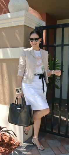 Love Susana's mix of casual and classic for a ladylike look from A Key to the Armoire.