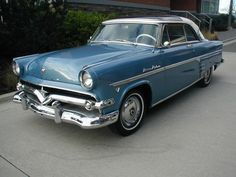 1-of-385: Glass-top 1954 Meteor Rideau Skyliner  http://bringatrailer.com/2013/01/27/1-of-385-glass-top-1954-meteor-rideau-skyliner/