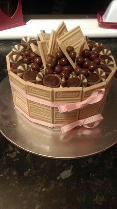 Caramel overload...... Toffifee, caramel buttons, caramel digestive balls, caramac and caramel buttercream....mum loves caramel!!!