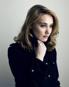 Actress Déborah François is known for L'enfant (2005), The Page Turner (2006) and Populaire (2012).