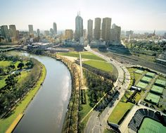 Places to visit, attractions and vacation trips holiday in Melbourne Australia. Comprehensive tourist info to book your trip or hotel in Melbourne online. Australia Living, Australia Travel, Landscape Design Melbourne, Melbourne Hotel, Melbourne Australia, Tourist Info, Centennial Park, Smart City, Urban Farming