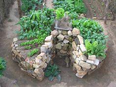 Keyhole Gardens - vyvýšené záhony