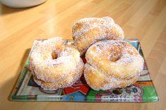 recipes_BOLLERIA_Roscos de S.Santa de la abuela Eclairs, Baileys, Churros, Doughnuts, Spanish, Food And Drink, Bread, Cooking, Breakfast