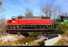 RailPictures.Net Photo: CFE 3888 Chicago Ft. Wayne & Eastern EMD GP38-2 at Lancaster, Ohio by Geoff Brozny