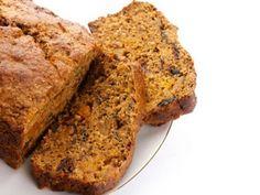 Le Berewecke est un pain de Noël principalement constitué de fruits secs et de fruits confits macérés dans du schnaps.