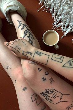 stick and poke tatto Lena Tattoo, Rebellen Tattoo, Grunge Tattoo, Piercing Tattoo, Piercings, 11 11 Tattoo, Tumblr Tattoo, Glow Tattoo, Card Tattoo