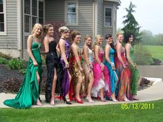 One of the many poses we'll make in our group photo at Prom soon  @Emily Addlestone @Lydia @Maggie Gatley @Hannah Jackson @Bonnie Hammond @Hannah Jackson