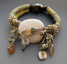 Bracelet | Lucia Antonelli || LuciaAntonelli.com