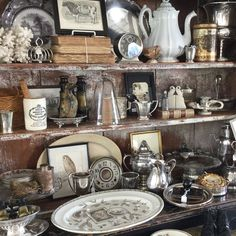 Brimfield May 2015 Great way to display the Silver tone pieces Great Coloring