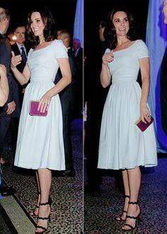 Love Kate's black Prada sandals -C❤️