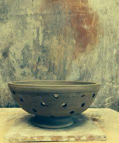 colander Clay Creations, Serving Bowls, Decorative Bowls, Pottery, Tableware, Home Decor, Bowls, Ceramics, Homemade Home Decor