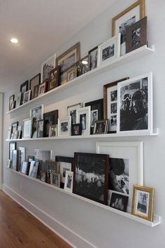 Here's What I Know About Family Picture Wall Ideas ~ Popular Living Room Design Hallway Wall Decor, Hallway Decorating, Room Decor, Hallway Paint, Hallway Mirror, Tiled Hallway, Entryway Decor, Decorating Ideas, Decor Ideas