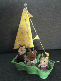 Sylvanian Families egg box boat craft love this it is so cranky! Toddler Crafts, Diy And Crafts, Craft Projects, Crafts For Kids, Craft Activities, Toddler Activities, Boat Crafts, Garden Crafts, Boat Craft Kids