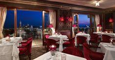 Restaurant Terrazza Danieli in the evening