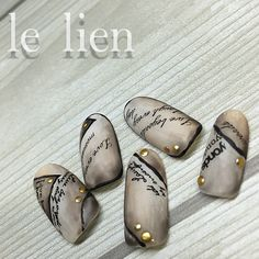 Best Picture For Makeup Art illustration For Your Taste You are looking for something, and it is going to tell … Asian Nail Art, Asian Nails, Toe Designs, Simple Nail Art Designs, Black Toe Nails, Newspaper Nails, Vintage Nails, Claw Nails, Marble Nail Art