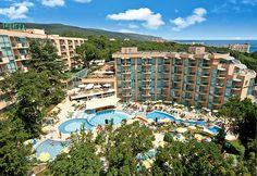 Bulgaria, Dolores Park, Spaces, Mansions, House Styles, Travel, Decor, Viajes, Decoration