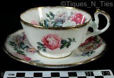 Royal Standard Irish Elegance Rose Tea Cup Saucer Gold Spatter England (DD)
