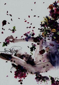 ❀ Flower Maiden Fantasy ❀ beautiful photography of women and flowers - Pierre Debusscherew