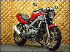 HONDA VT250 SPADA