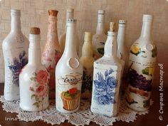 Декор предметов 8 марта Декупаж Стеклотара к празднику Бутылки стеклянные Салфетки фото 1