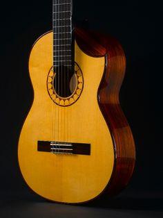 SCHARPACH Classical Concert Guitar