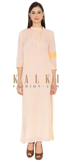 Blush Pink Cotton Kurti With Side Collar And Buttons And Elegant Embeidery In Front Designer Only On Kalki Collar Kurti Design, Collar Designs, Floor Length Kurti, Angrakha Style, Indian Outfits, Indian Clothes, Linen Dresses, Dress Patterns, Blush Pink