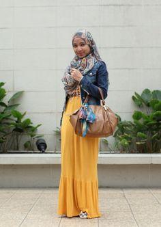 http://hijab-fashion.tumblr.com/
