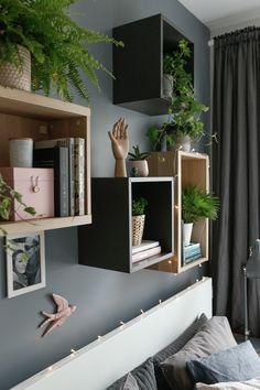 w tym pokoju dbamy o siebie - metamorfoza sypialni - mrspolkadot Bedroom Inspo, Bedroom Decor, Ikea Eket, Room Tour, Wall Colors, Ideal Home, Decoration, Kids Bedroom, New Homes