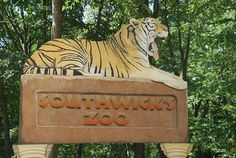 southwick zoo memorial day hours