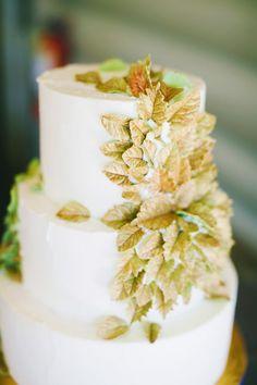 leafy wedding cake // photo by Milou + Olin // view more: http://ruffledblog.com/oakland-beach-house-wedding/