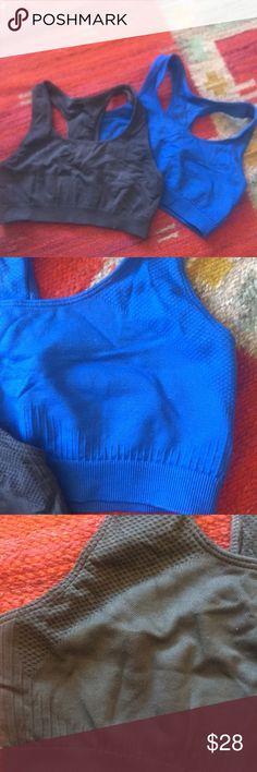 Jockey sports bras Jockey sports bras. In great condition ! Perfect for any work out Intimates & Sleepwear Bras