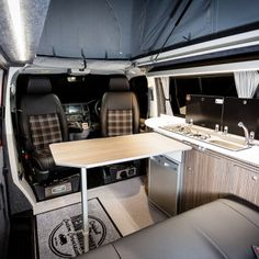 VWT6 (SWB) Traditional 'Lux' Conversion