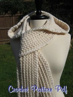 Nordic Hooded Scarf Crochet Pattern Pdf door nutsaboutknitting, $4.40