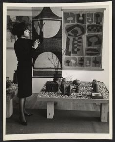 Citation: Adela Akers, 1960 / unidentified photographer. Adela Akers papers, Archives of American Art, Smithsonian Institution.