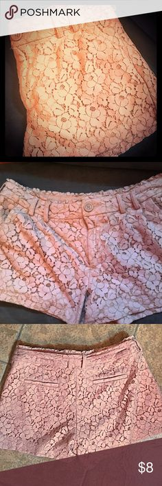🌸 lc ʟᴀᴜʀᴇɴ ᴄᴏɴʀᴀᴅ🎀 blush lace shorts 🌸🌸ᒪᑕ ᒪᗩᑌᖇEᑎ ᑕOᑎᖇᗩᗪ ᕼIGᕼ ᗯᗩIᔕT ᒪᗩᑕE ᔕᕼOᖇTᔕ Iᑎ ᗷᒪᑌᔕᕼ. 💓🛍🎀 вelт noт ιnclυded wнιcн ιѕ wнy lιѕтιng prιce ιѕ low! 🌺 regardless these are adorable 🌷 LC Lauren Conrad Shorts