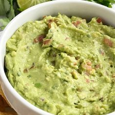 Salsa verde guacamole is loaded with tomato, cilantro, smashed avocado, jalapeno and salsa verde. Serve with tortilla chips for a delicious party appetizer and a fan favorite for a Super bowl game day party. Yummy Appetizers, Appetizers For Party, Appetizer Recipes, Soup Recipes, Chicken Recipes, Cooking Recipes, Yummy Recipes, Recipies, Vegan Recipes
