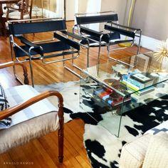 Wassily Chairs Bauhaus, Living Room Chairs, Living Area, Wassily Chair, Interior And Exterior, Interior Design, Marcel Breuer, Modern Interiors, Kandinsky