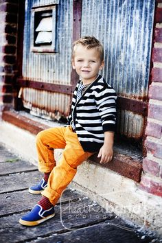 Colorful kiddo, Wish Bran would let me dress the boys like this!