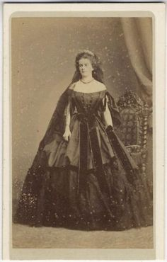 Maria Sofia, Queen of Naples, sister of Kaiserin Elisabeth of Austria, originally from Bavaria