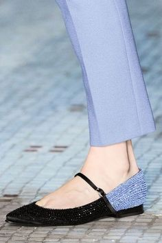 Shoes In The Summer; Shoes For Girls;Lace-up Flats;Lace-up Shoes; Fancy Shoes, Trendy Shoes, Me Too Shoes, Flat Shoes, Flat Sandals, Cute Flats, Lace Up Flats, Girls Flats, Beautiful Shoes