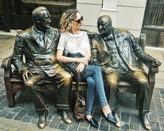 Catching up with my old mates in London Town #findtravelkitten . . . . . #londontown#london#uk #city_explore#city#worldcaptures #igtravel#instatravel#travelgram #picoftheday#traveltheworld#mytravelgram #traveldiaries#travelstoke#travelpassion #nikon#seetheworld#explore#justgoshoot #aroundtheworld#instagood #ig_worldclub#discover