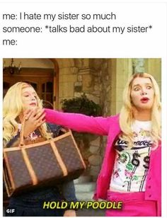 Looking for a good laugh? We've got you covered…We've compiled the biggest set of funny quotes to get you to laugh out loud. And laughter truly is the best medicine … Funny Relatable Memes, Funny Quotes, Funny Sister Memes, Sister Humor, Brother Memes, Sister Sister, Funny Memes About Girls, Funny Humor, Quotes Quotes