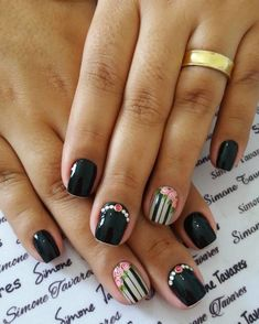 Stone decorated nails - Elegant, Simple and Feminine La Nails, Foil Nails, Cute Nails, Pretty Nails, Nail Time, Nail Swag, Simple Nails, Manicure And Pedicure, Beauty Nails