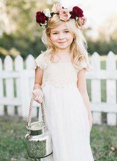 25 Cute Fall Flower Girl Outfits   HappyWedd.com