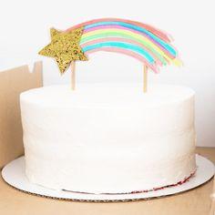 Funky Regenbogen Thema - www.confettienco.be #decoratie #verjaardag #feest #kinderen #regenboog #éénhoorn #kleur #ster #taart #cake #webshop