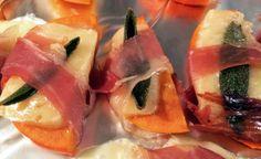 Garden Sage with Persimmon Salvia Officinalis, Sage, Sushi, Entertaining, Cooking, Garden, Ethnic Recipes, Food, Kitchen