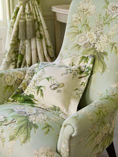Chair: Tournier 222069