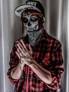 http://www.deviantart.com/art/Mexican-skull-497517692