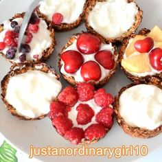 Hhow to make healthy muffins using fruits and greek yogurt! Healthy Muffin Recipes, Healthy Muffins, Healthy Food, Greek Yogurt, Breakfast Ideas, Cheesecake, Banana, Fruit, Videos